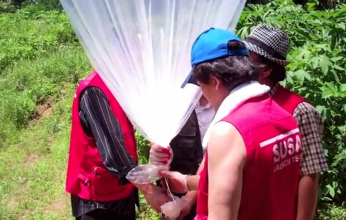 V Severnej Kórei pristávajú balóny s Bibliami
