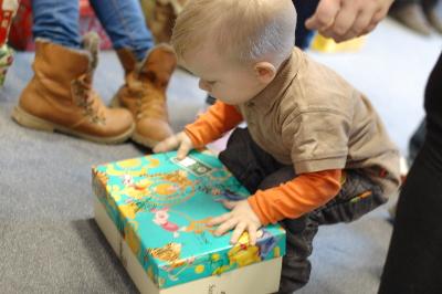 Operácia vianočné dieťa: Rozdali sme balíčky 400 deťom