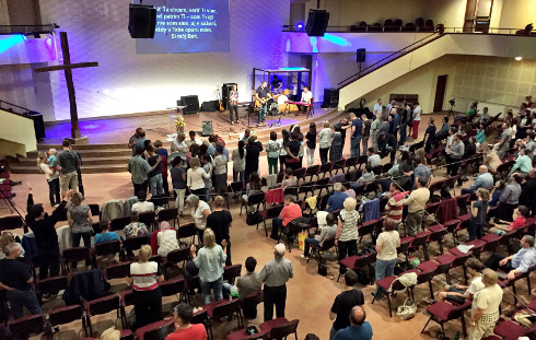 Ježiš uzdravuje po celom Slovensku – Evanjelizačné turné s Perom Cedergardhom 2016