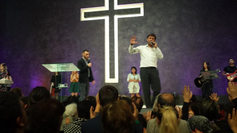 Cirkev, ktorá má 8000 členov