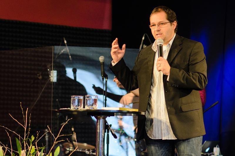 Ak chceme rast cirkvi, musíme ísť do hlbšieho vzťahu s Bohom – hovorí pastor Michal Vaněk z Brna