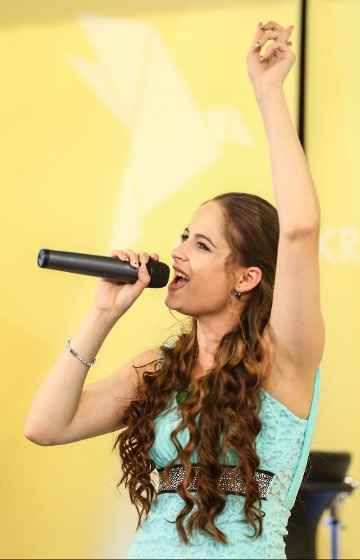 Bývalá víťazka Superstar dnes ohlasuje Krista a spieva o Bohu