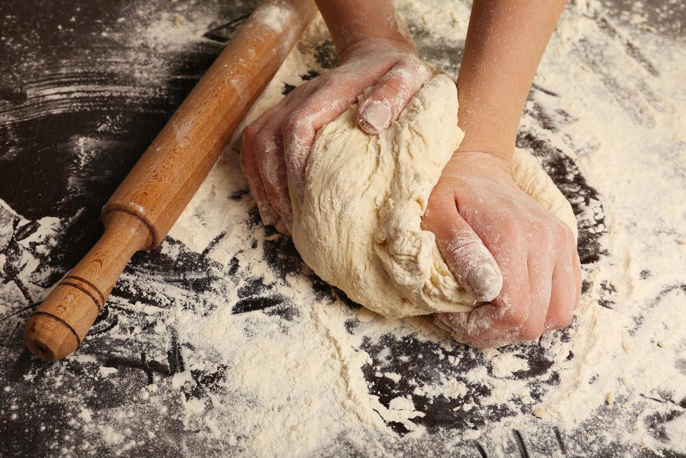 Urobte si vlastný nekvasený chlieb na Večeru Pánovu